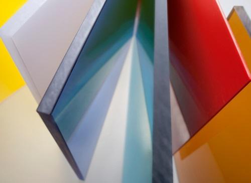 Сферы применения монолитного поликарбоната
