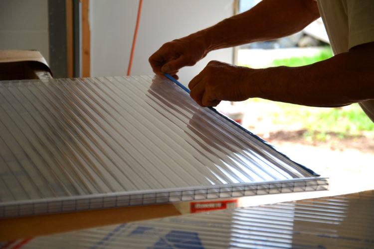 Гарантии и монтаж конструкций при заказе готовых сооружений из поликарбоната