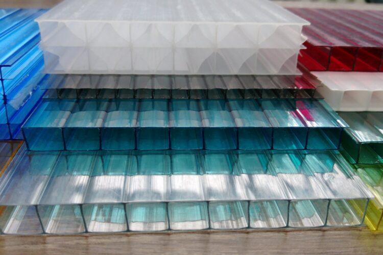 Поликарбонат как универсальный строительный материал